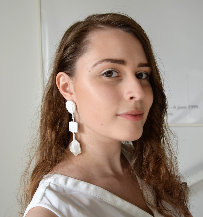 DIY Fridays: Monochromatic Painted Earrings